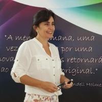 Dr. Evelyn Rezende de Lacerda